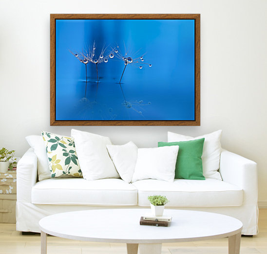 Blue fun with Floating Frame