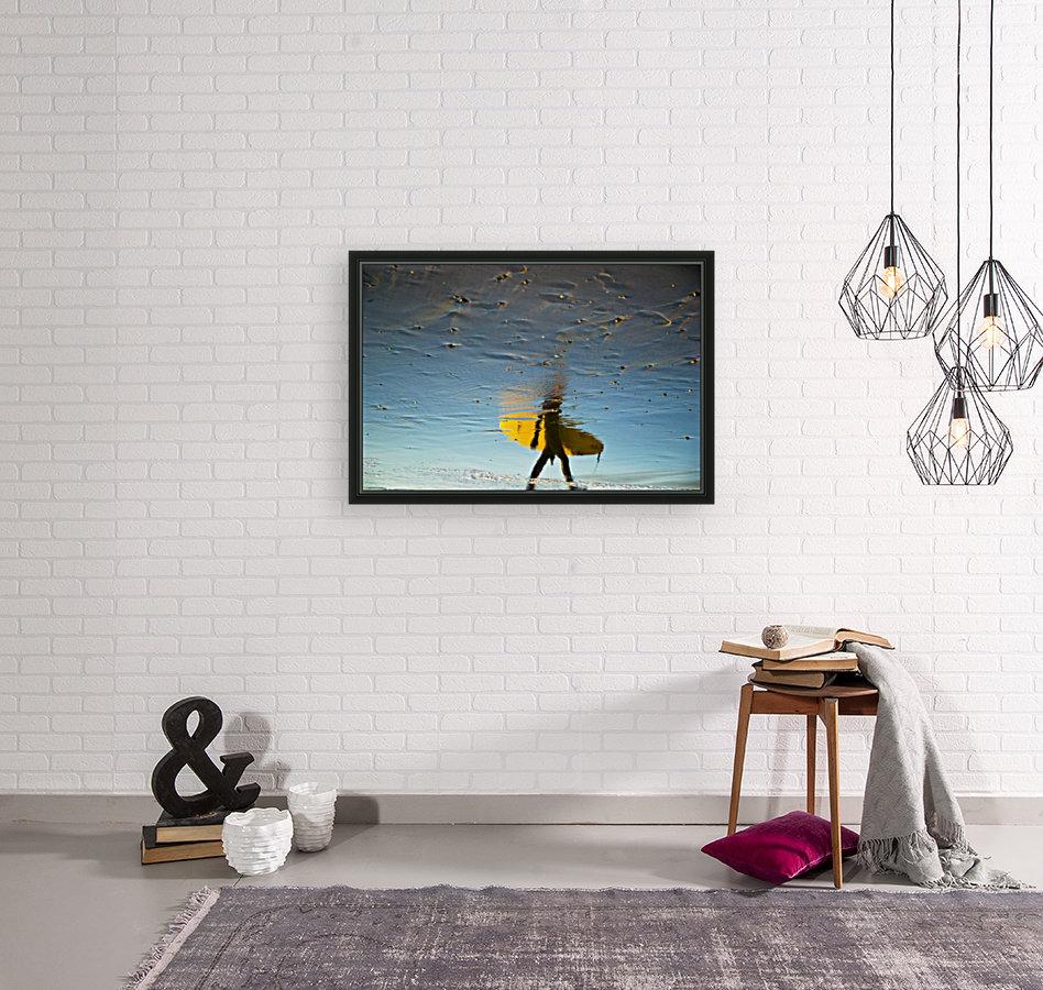 YELLOW SURFER  Art