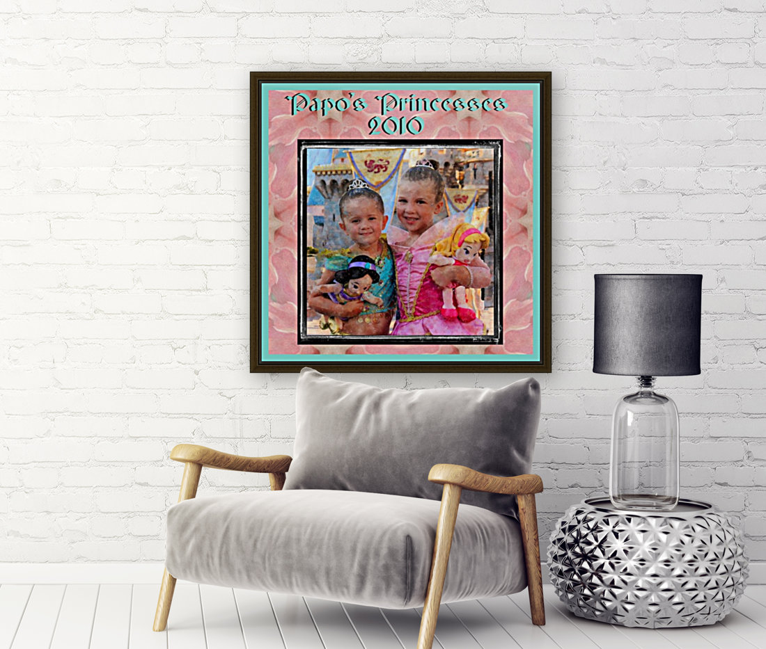 Papo's Princesses 2010 with Floating Frame