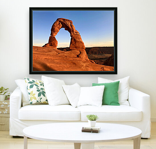 Delicate Arch with Floating Frame