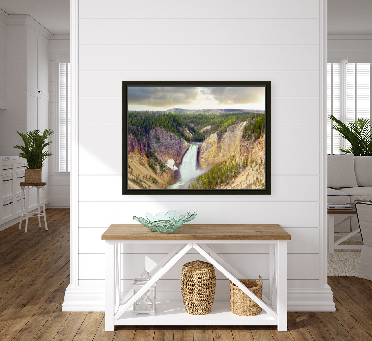 Mighty Yellowstone with Floating Frame