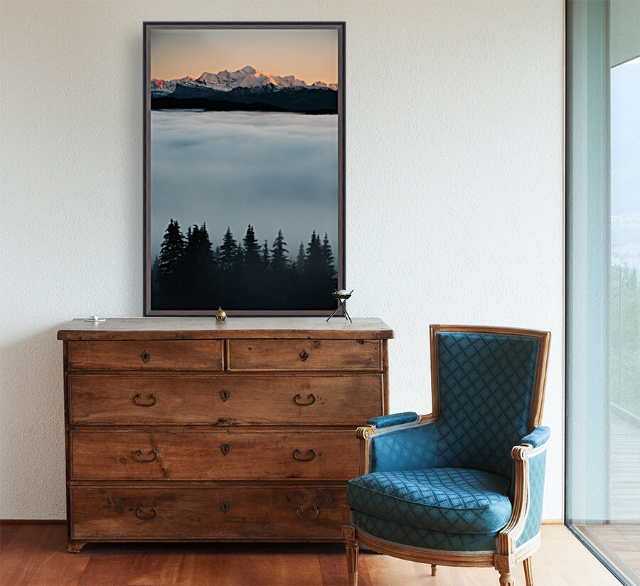 Mont Blanc and its sea of clouds  Art