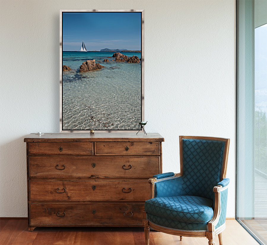 Mediterranean with Floating Frame