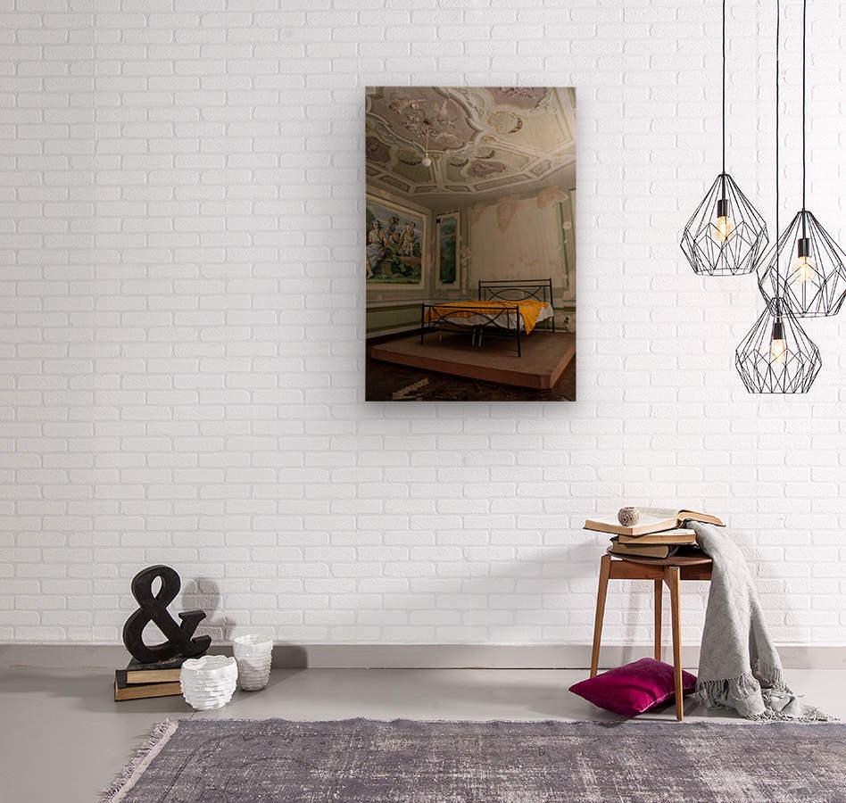 Abandoned Mansion Marvelous Bedroom  Wood print