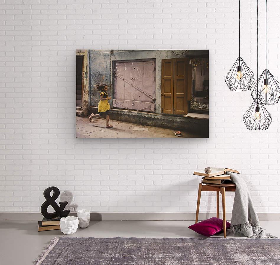 Varanasi Window - The girl  Impression sur bois