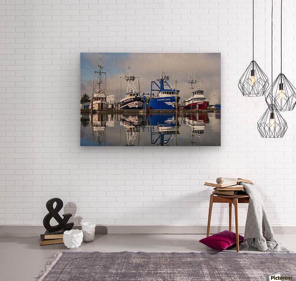 Fishing boats moored at the dock; Warrenton, Oregon, United States of America  Wood print