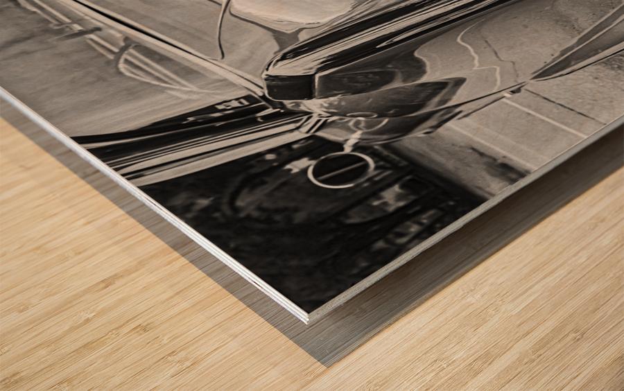 Chrome Sharkfin Wood print