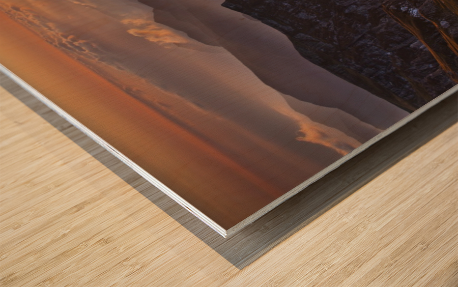 vantage point Wood print