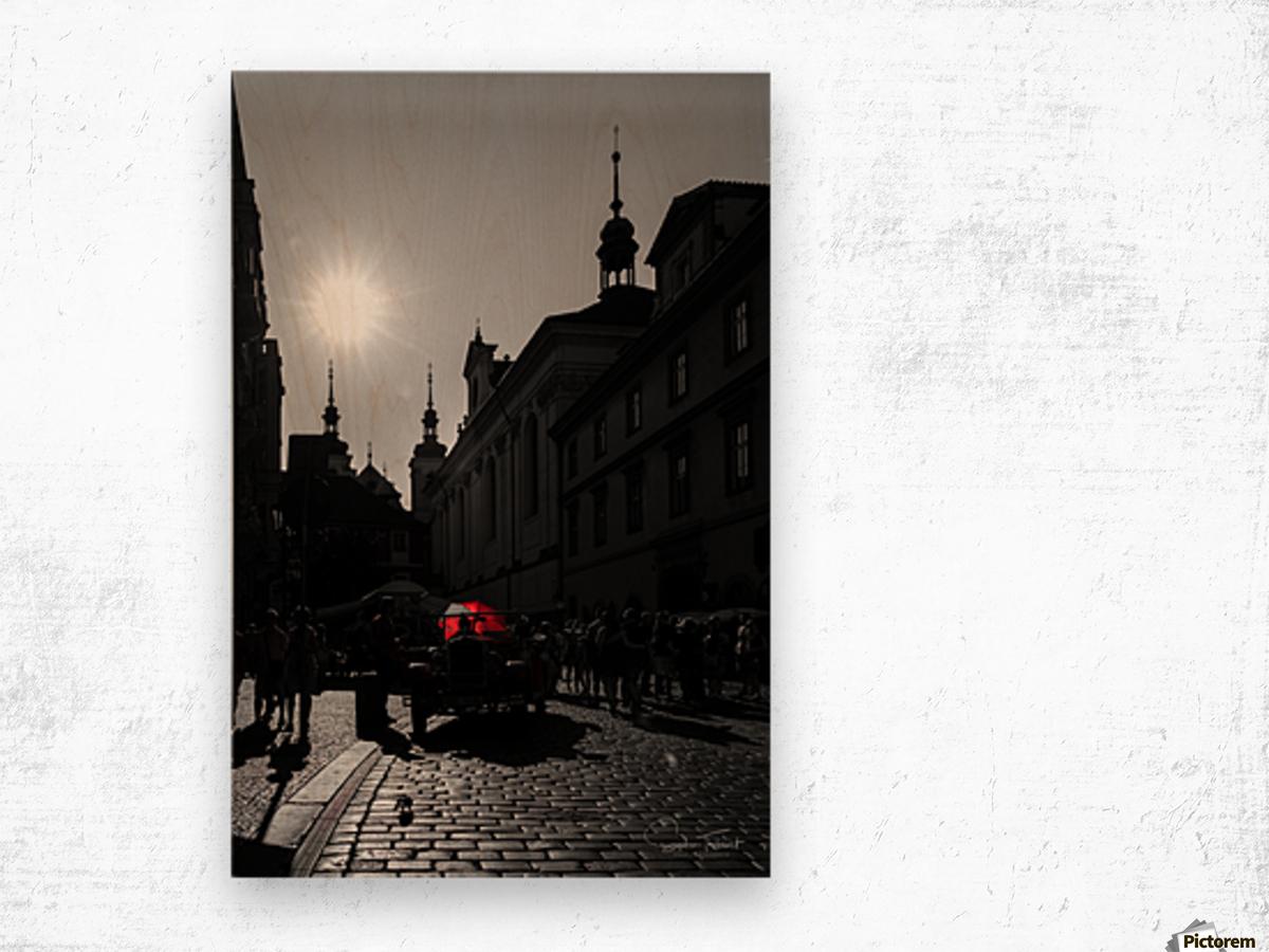 Le parapluie rouge Wood print