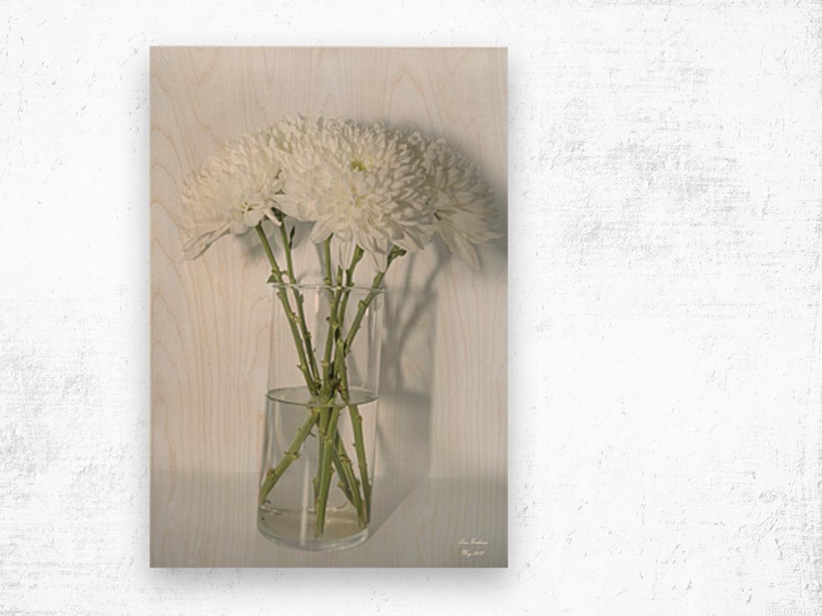 Mum Flower in a Vase Wood print