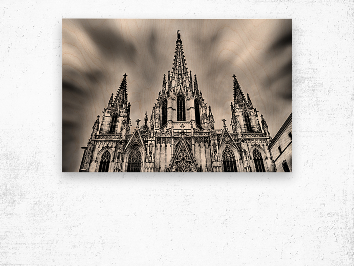 Barcelona Cathedral Wood print