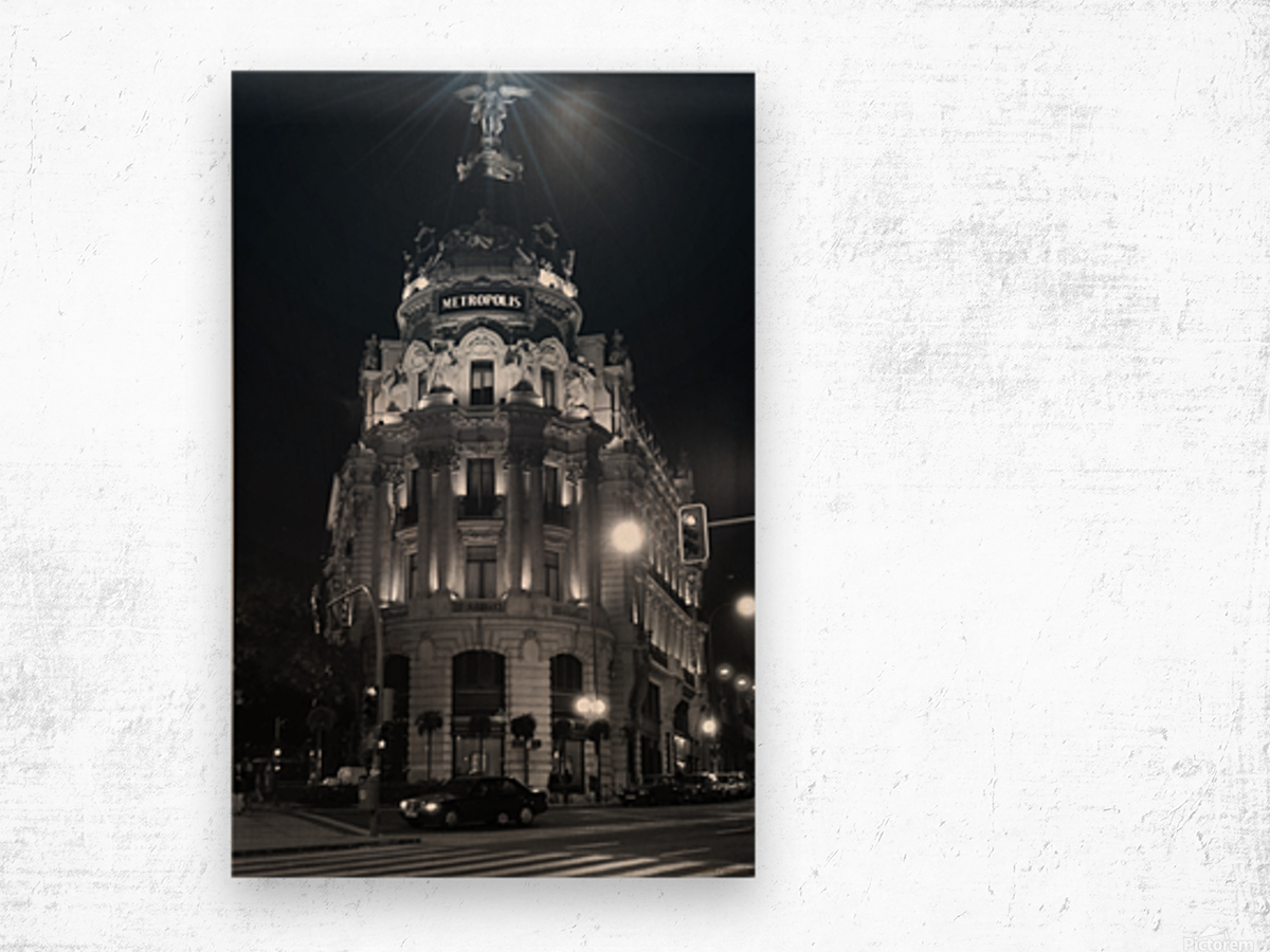 Metropolis Boulding   Grand Via   Madrid Wood print