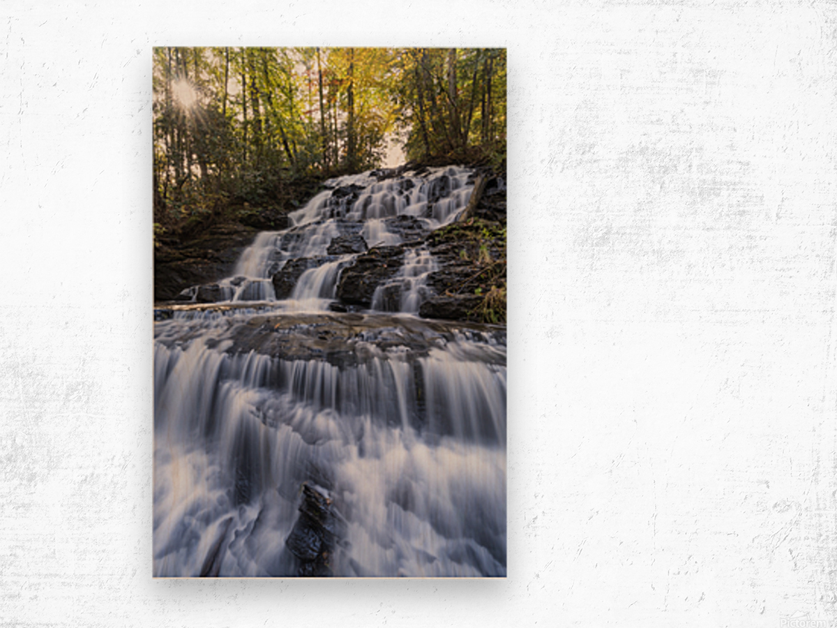 Trahlyta Waterfall Wood print