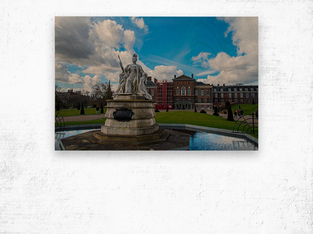 Queen Victoria Statue Wood print