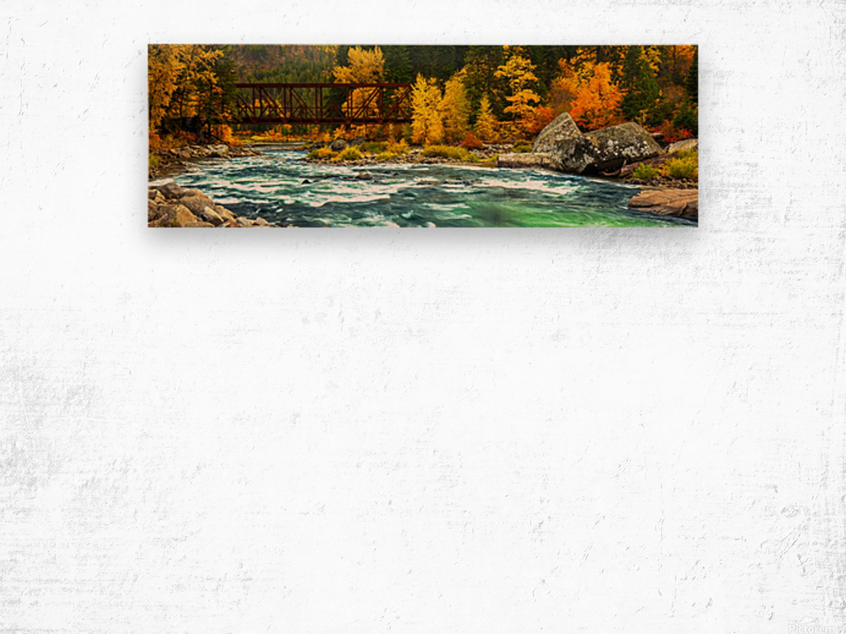 Emerald Flow Pano Wood print