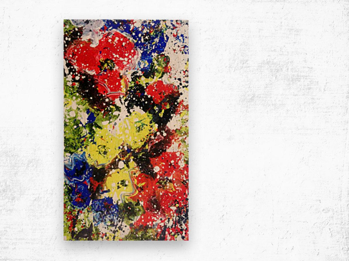Primary Blossom 1 Wood print