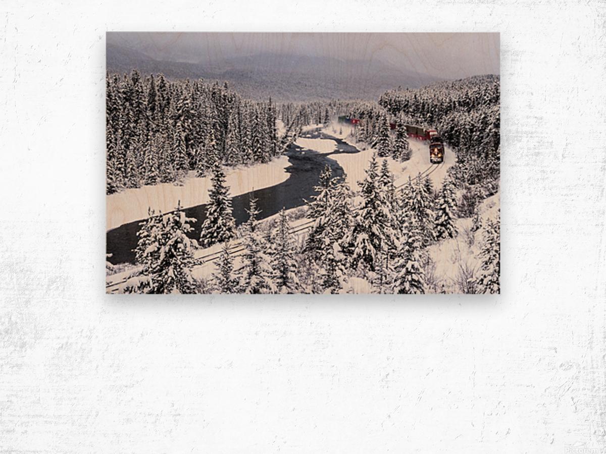 Morants Curve  Banff National Park Wood print
