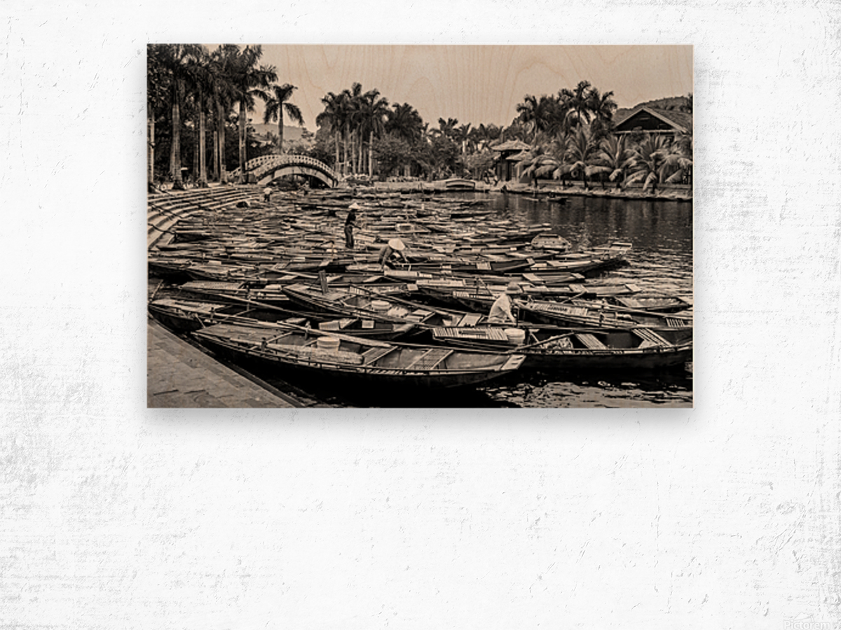 Boats in the river of Vietnam Wood print