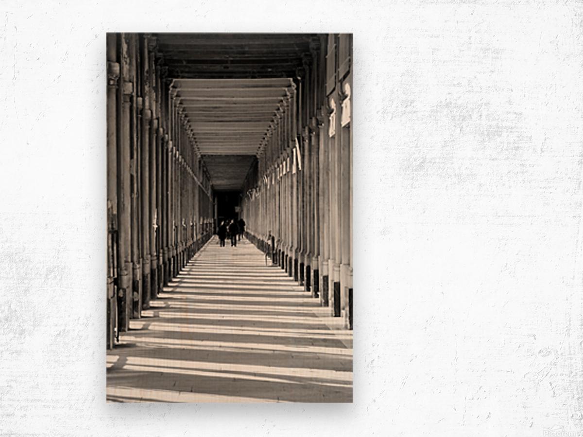Les Arcades Wood print