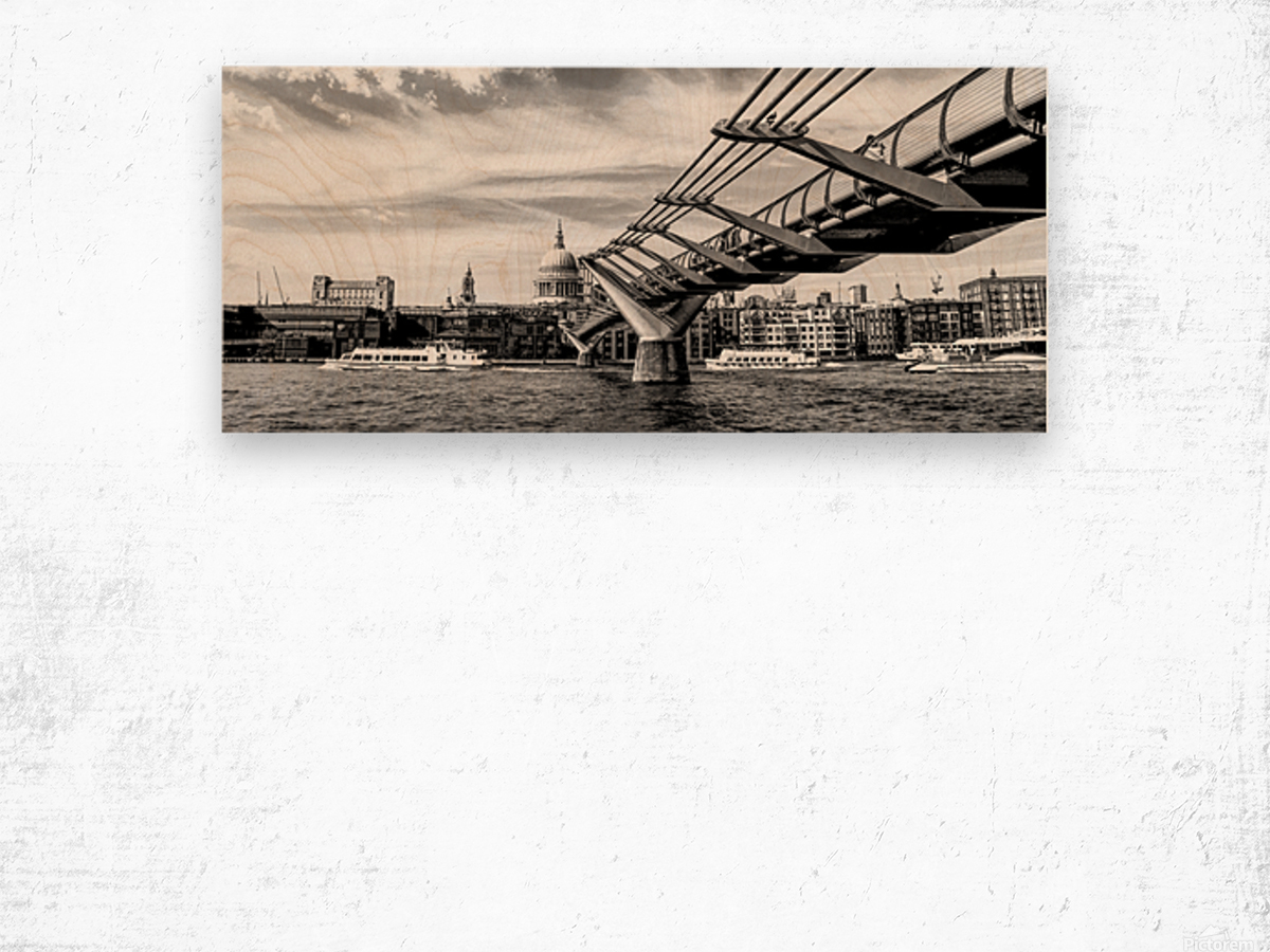 River Thames - London city skyline Wood print
