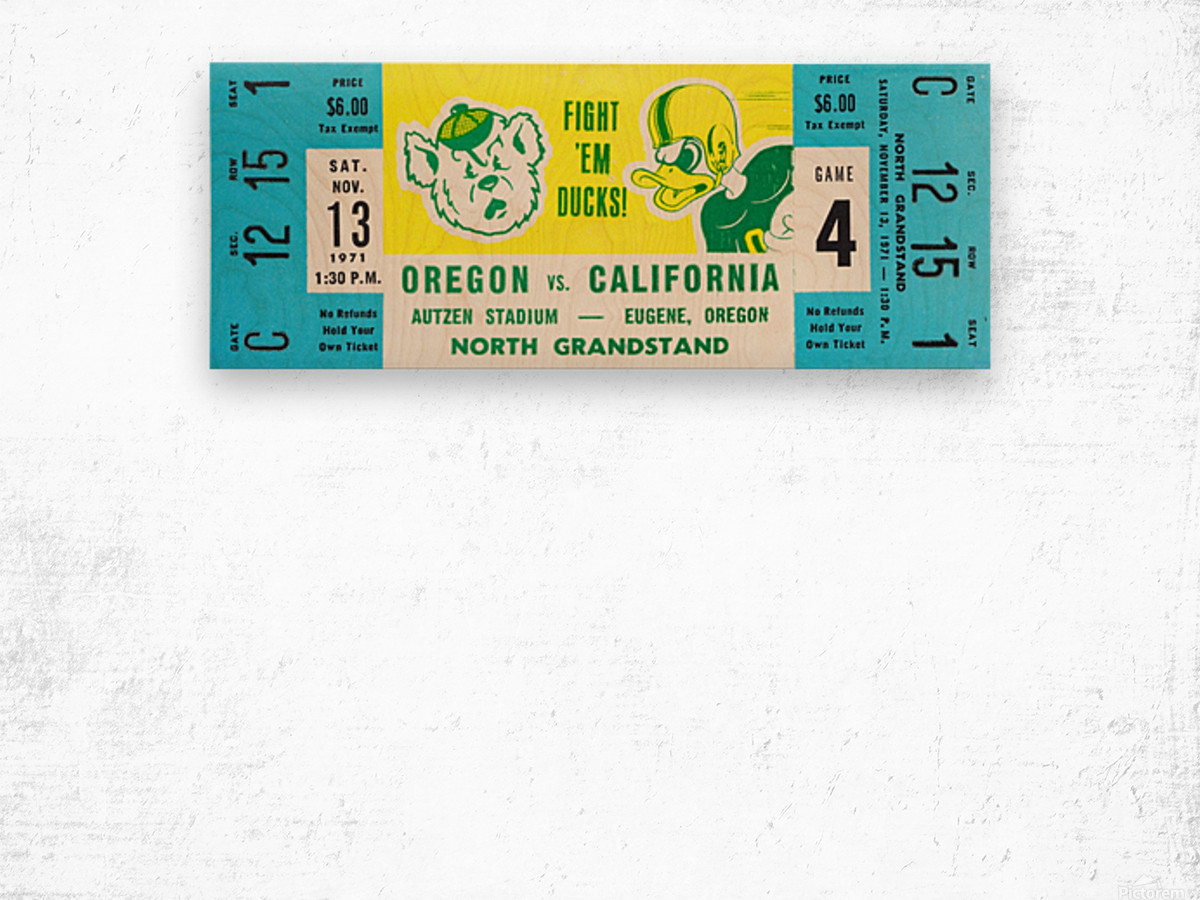 1971 Oregon vs. California Wood print