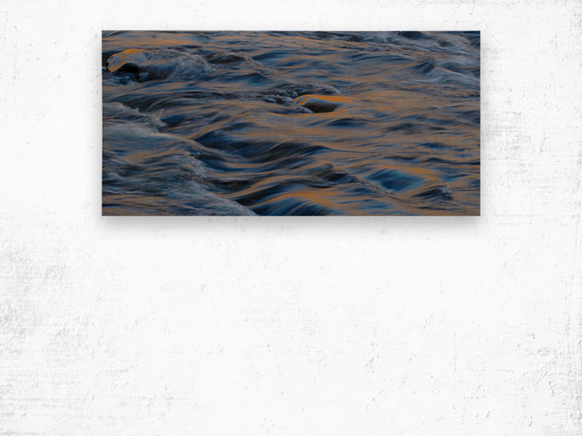 Flowing reflections 3 Wood print