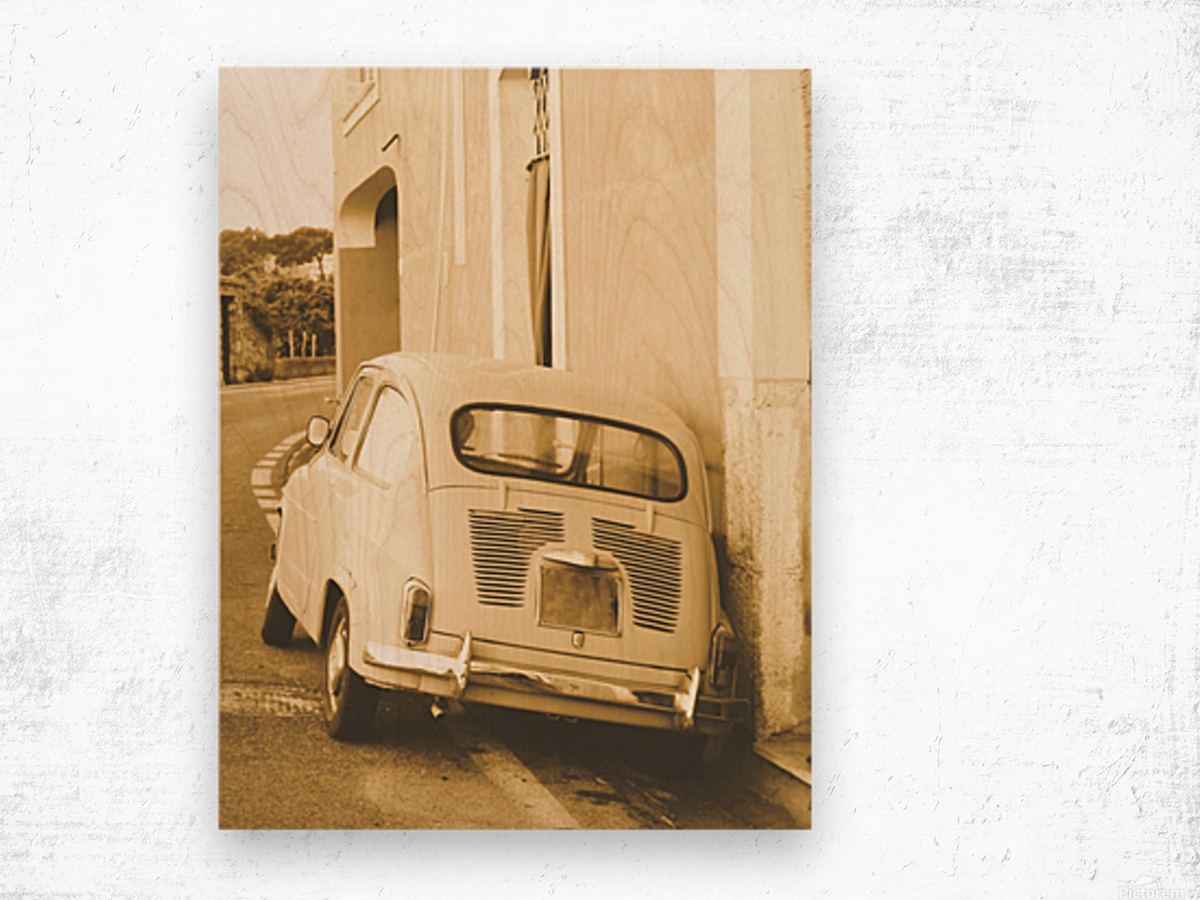 The old Car Wood print