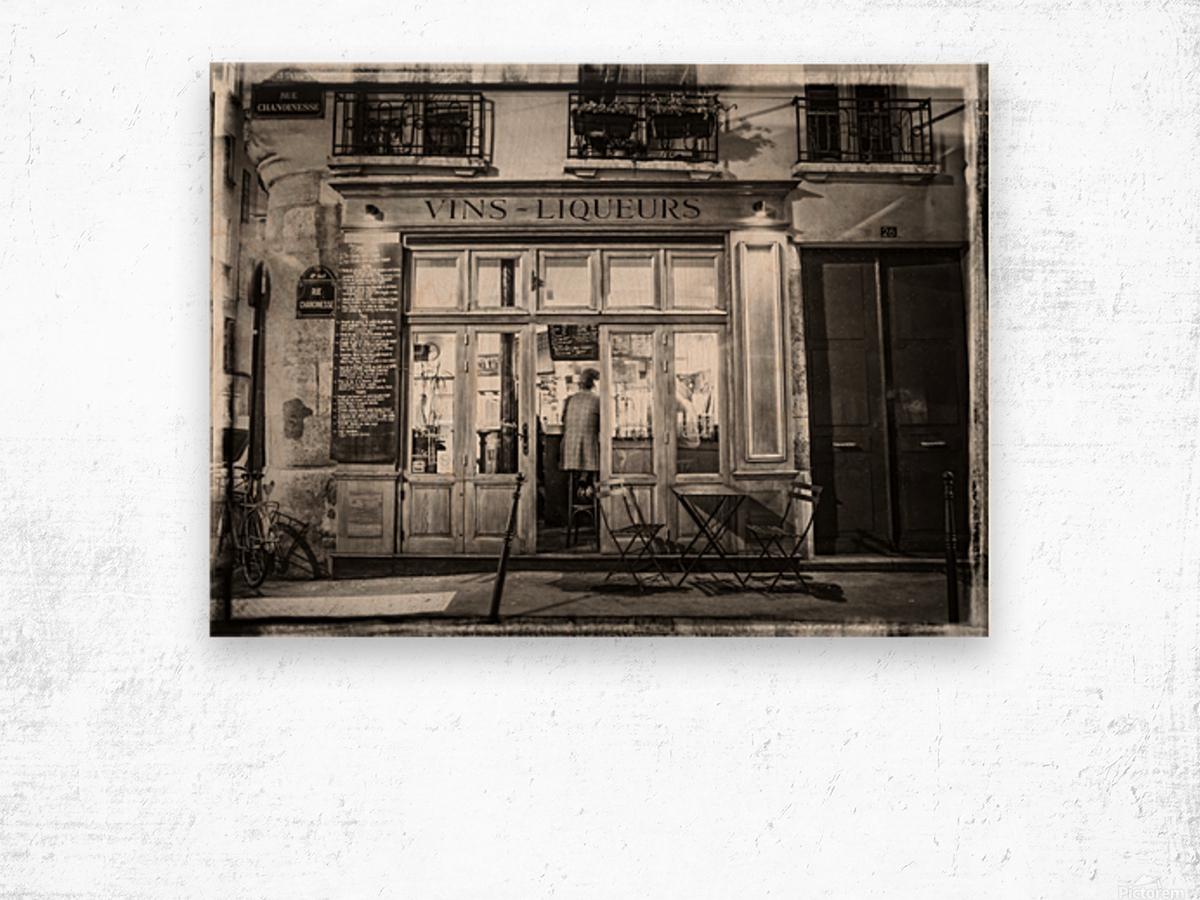 Cafe on street of Montmartre, Paris Wood print