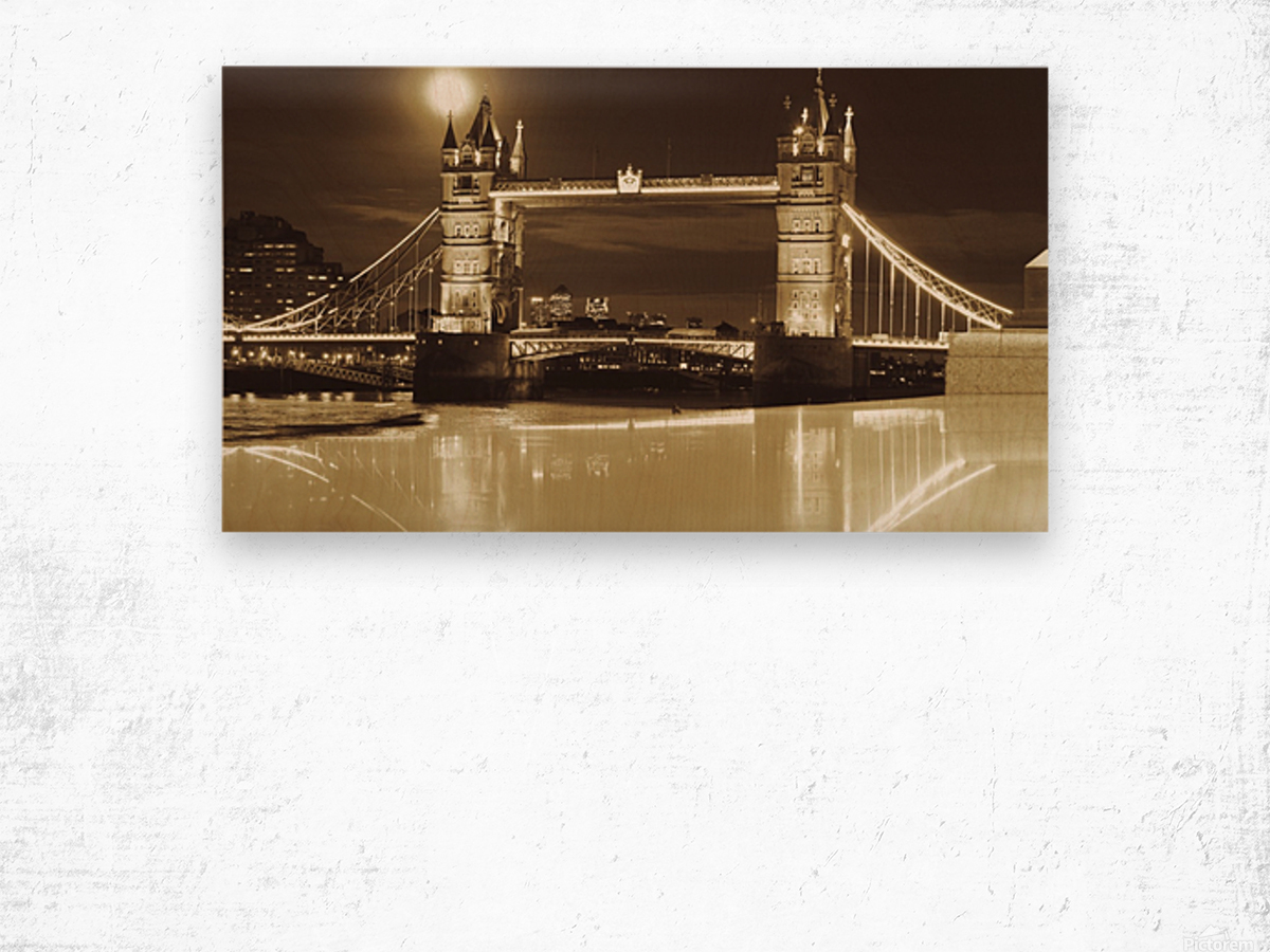 Vintage Tower Bridge - london  Wood print