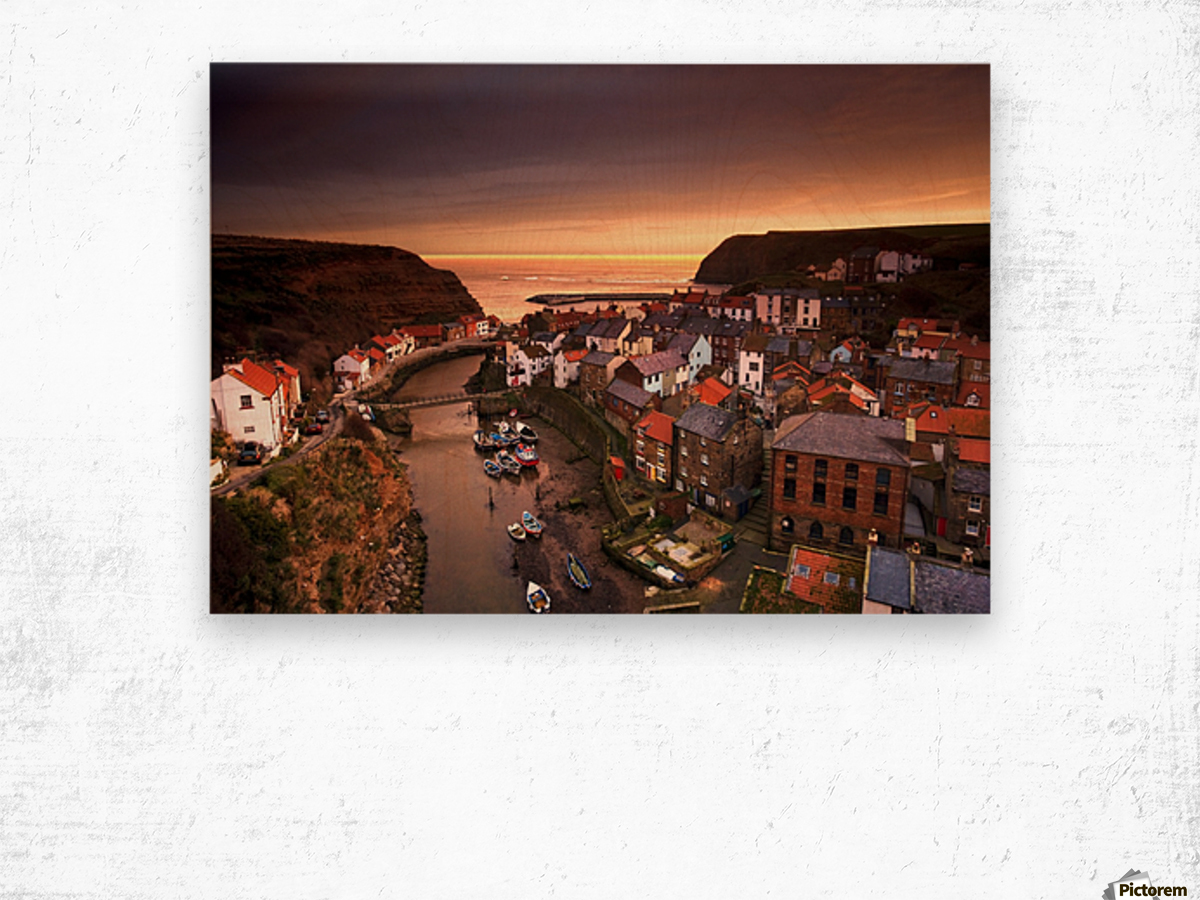 Cityscape At Sunset, Staithes, Yorkshire, England Wood print