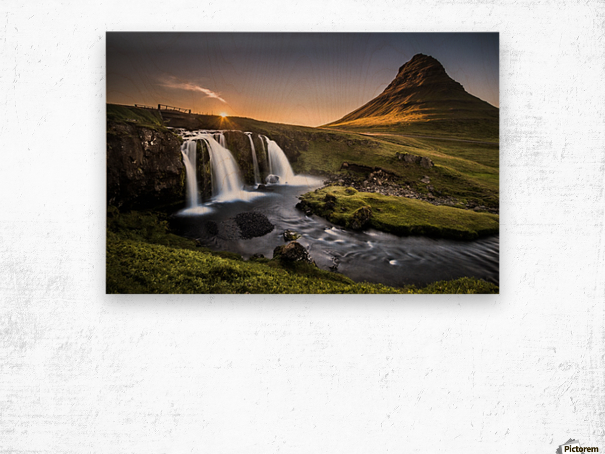 Fairy-Tale Countryside in Iceland Impression sur bois