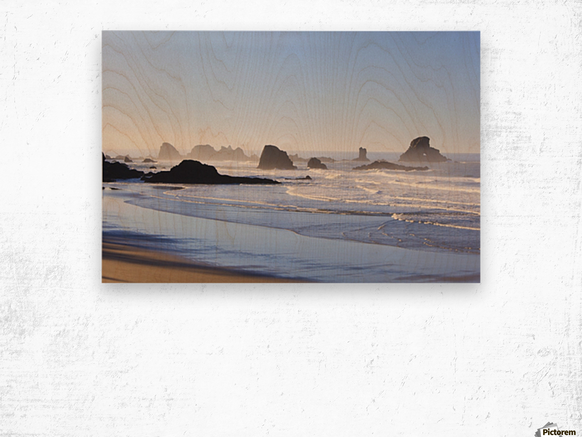 Tide At Indian Beach; Oregon, United States Of America Wood print