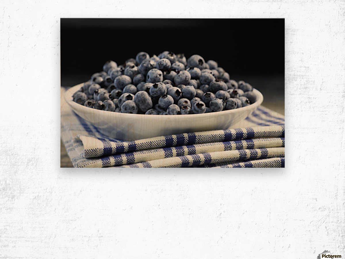 Bowl of blueberries; Quebec, Canada Wood print