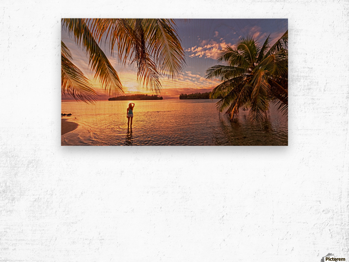 Tahitian sunsets Wood print